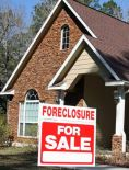 foreclosure-sign-house