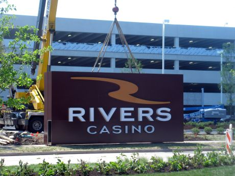 Rivers casino des plaines security pay