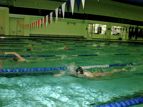 Swimmers Retake Libertyville And Vernon Hills High School Pools Libertyville News Photos And