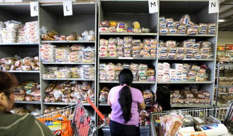 Naperville median income dips below 100 000 naperville for Loaves and fishes food pantry