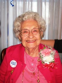 Angeline Ruggiero Celebrates Her 102nd Birthday West Chicago News Photos And Events