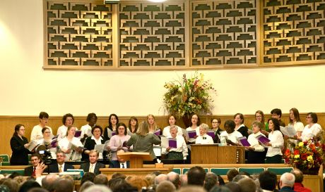 The Womens Choir Of Church Jesus Christ Latter Day Saints Sings In