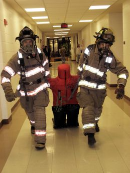 Fire science students utilize new rescue tool — Woodstock news